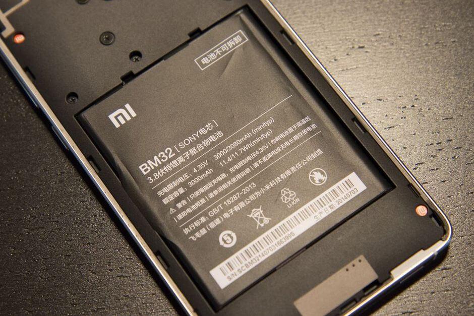аккумулятор в Xiaomi Mi4