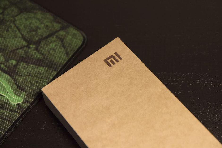 упаковка Xiaomi Mi4