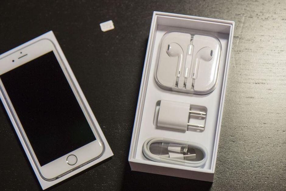 содержимое коробки Apple iPhone 6