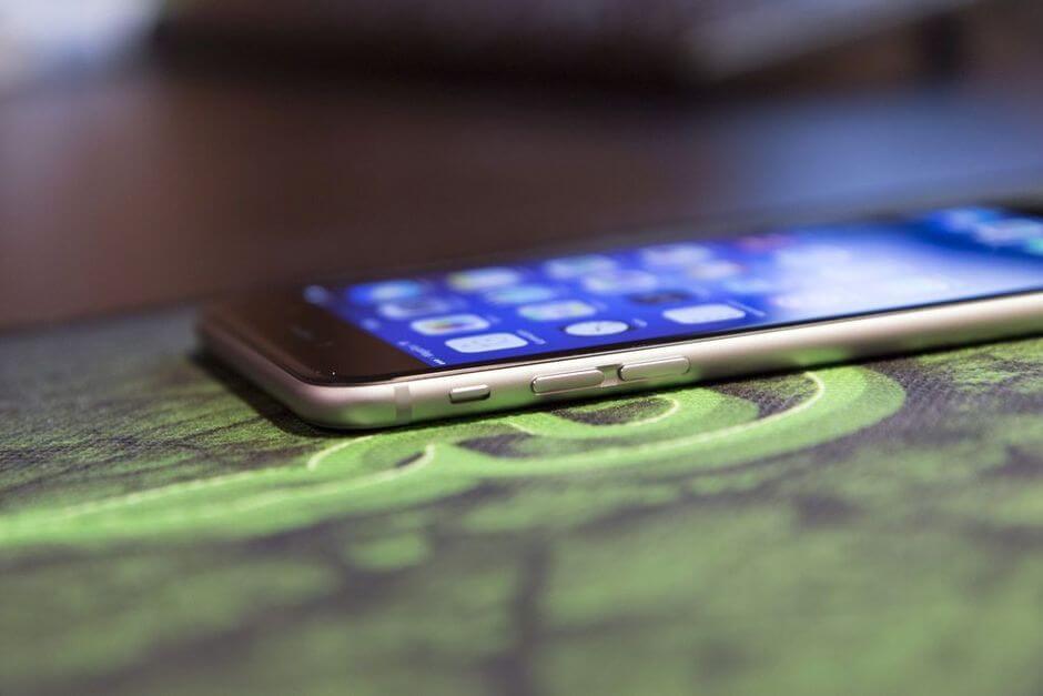 левый торец Apple iPhone 6 Plus