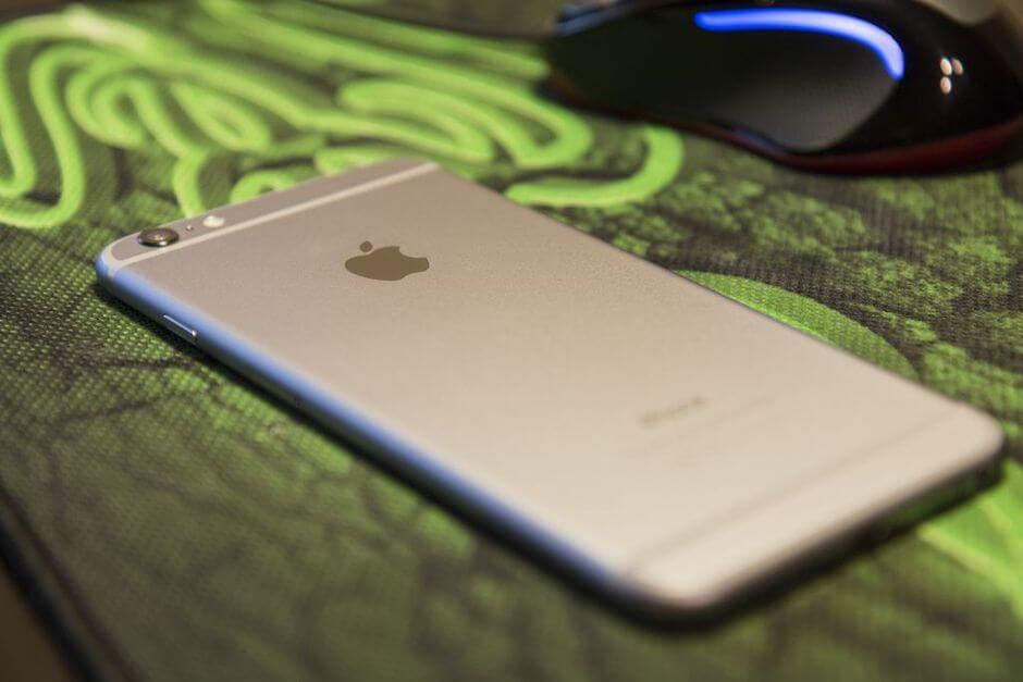 выпирающий глазок камеры в Apple iPhone 6 Plus