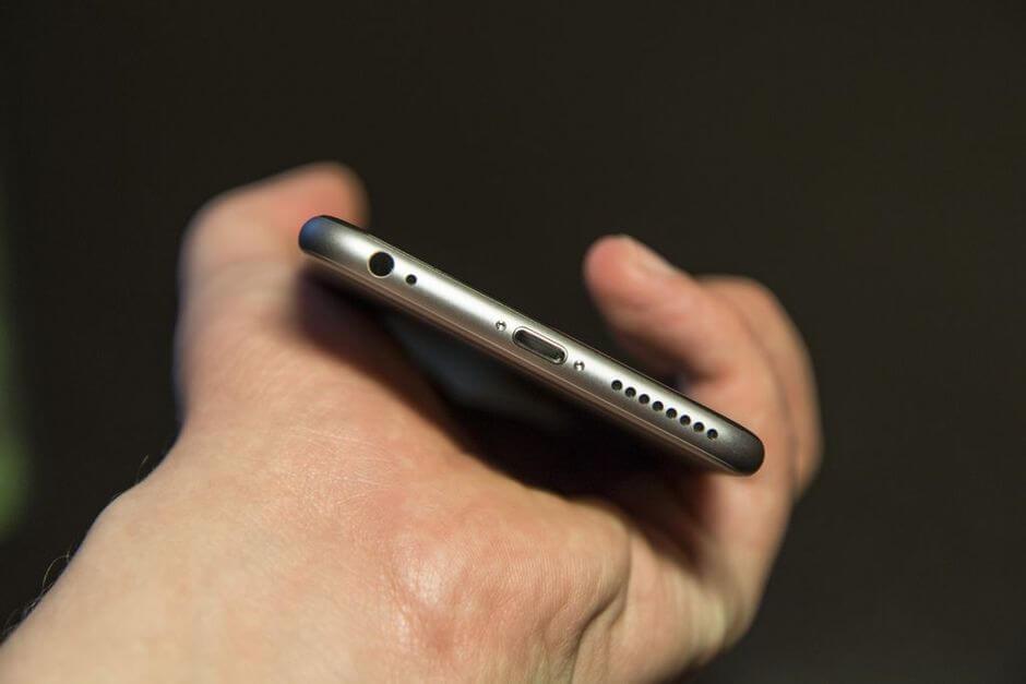 нижний торец Apple iPhone 6 Plus