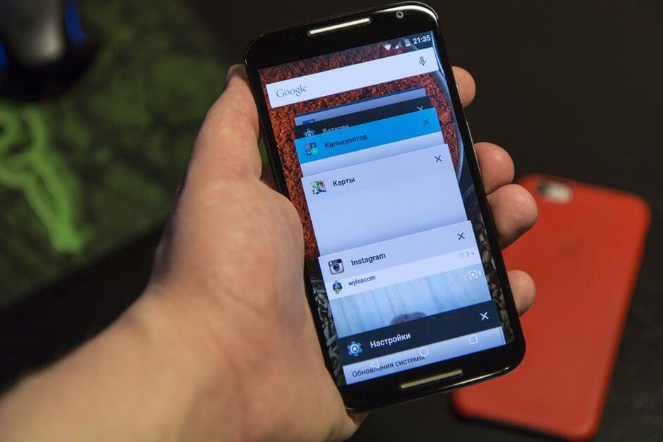 экран в Motorola Moto X 2nd gen.