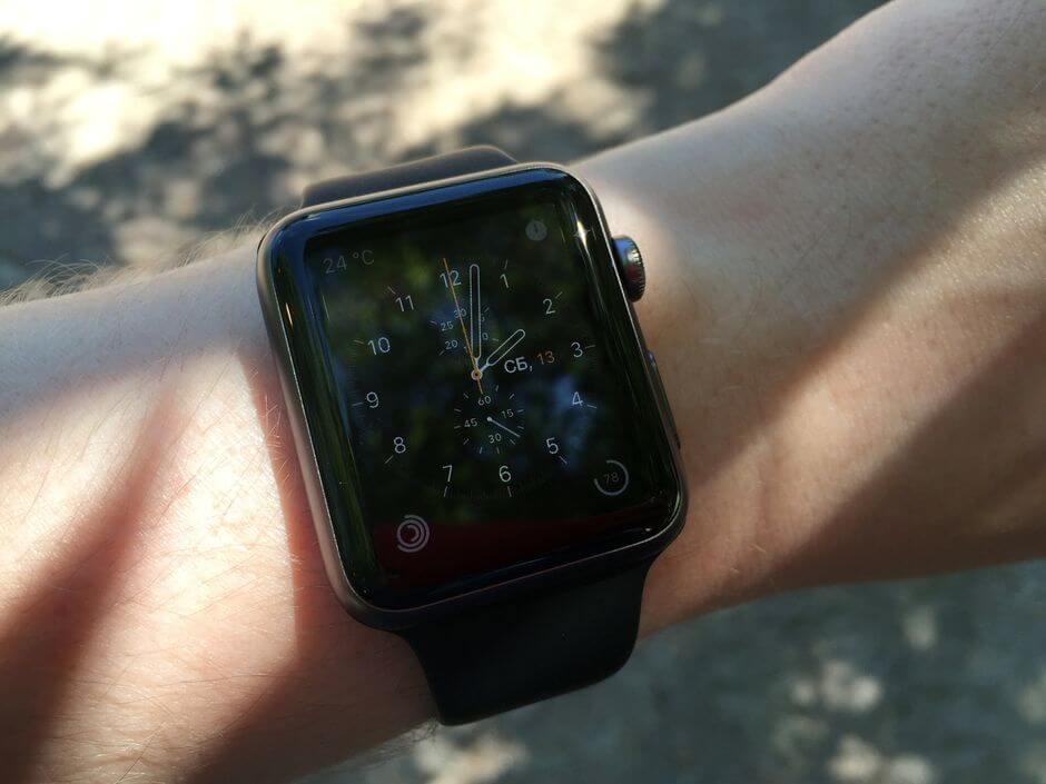 хорошая работа на солнце экрана Apple Watch Sport