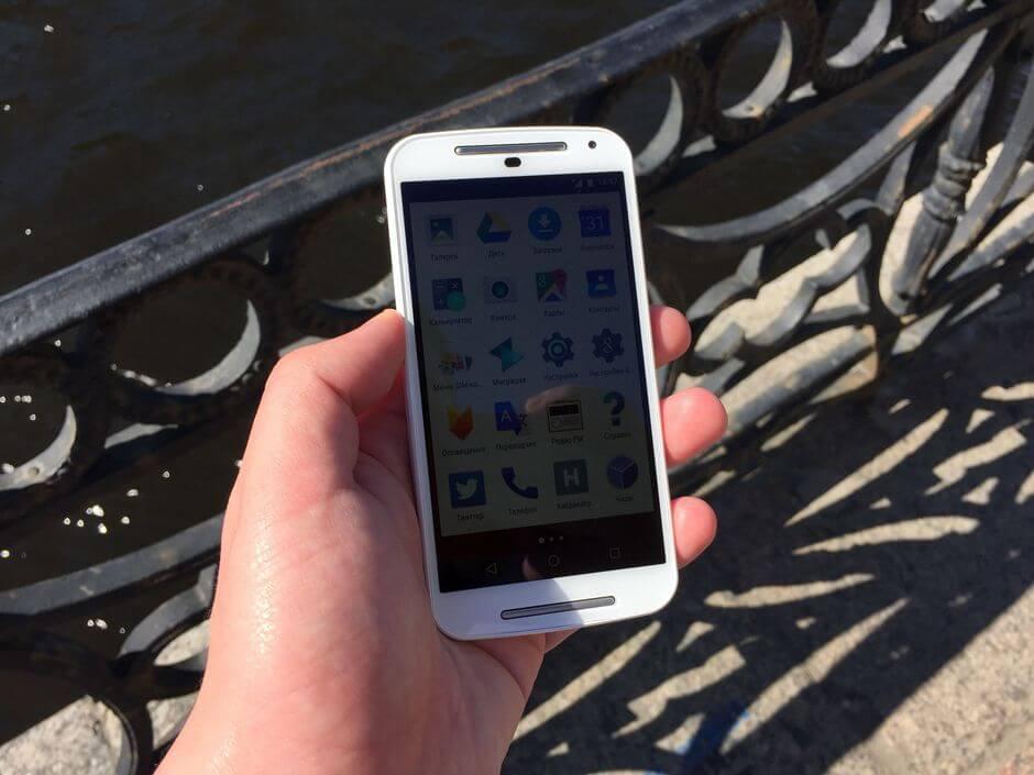 поведение на солнце экрана Motorola Moto G 2nd gen
