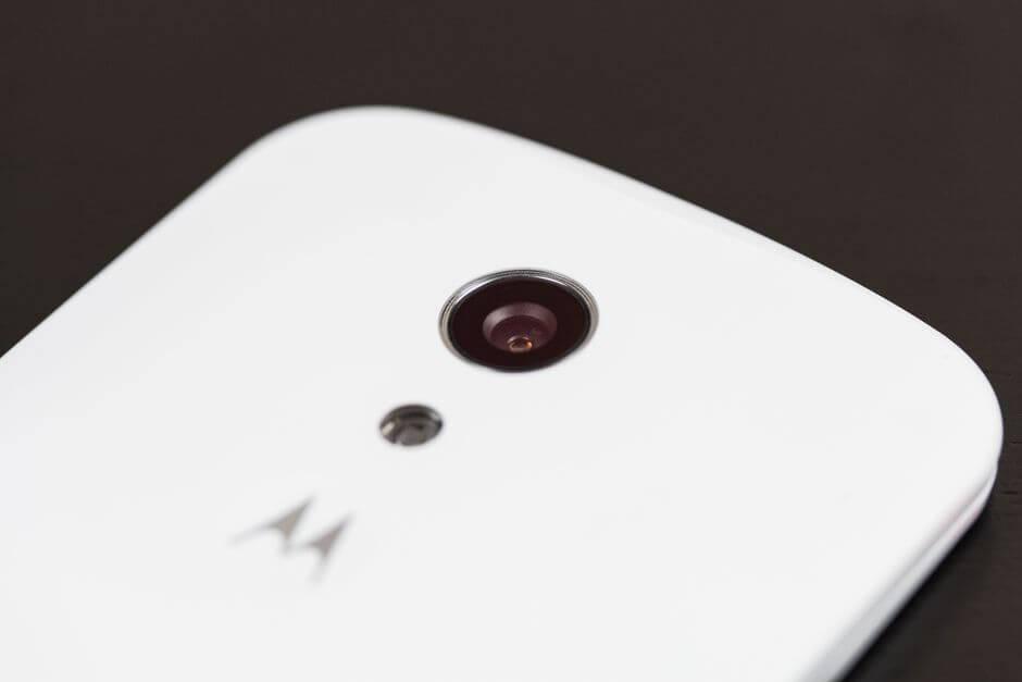 модуль камеры по центру в Motorola Moto G 2nd gen