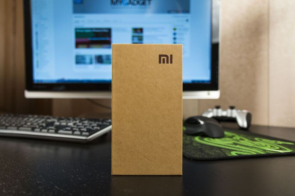 упаковка Xiaomi Redmi 2 LTE Enhanced