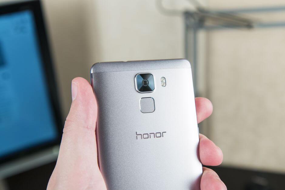 внешний вид Huawei Honor 7