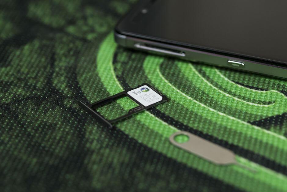 два слота nanoSIM в Huawei Honor 7
