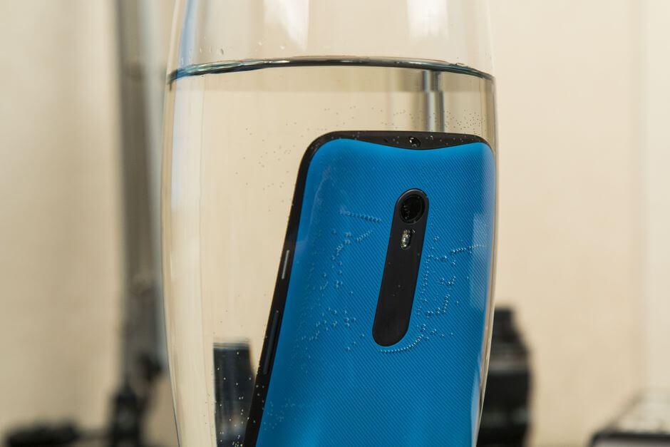 защита от воды IPX7 в Motorola Moto g 3rd gen