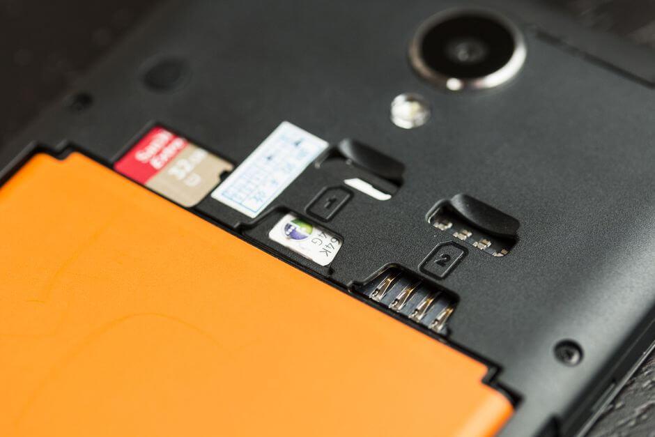 слот для карт памяти microSD в Xiaomi Redmi Note 2