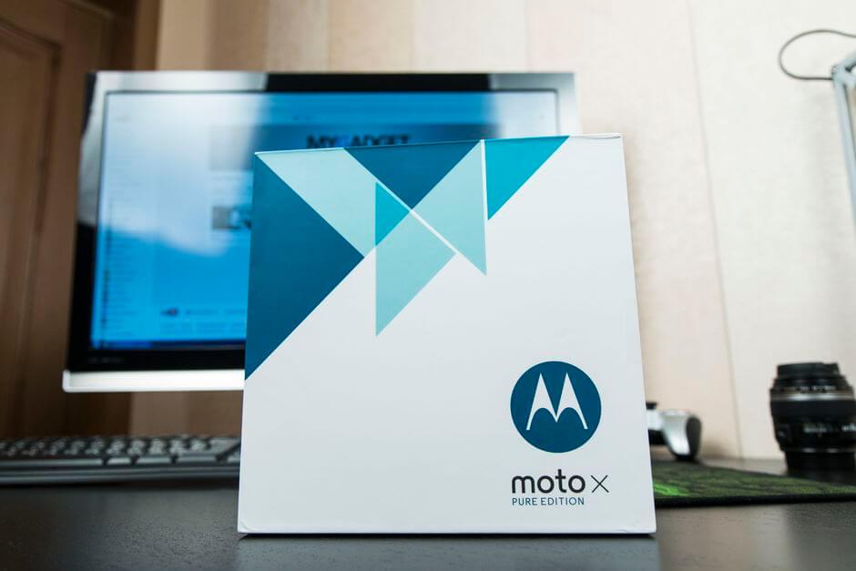 огромная коробка Motorola Moto X Style