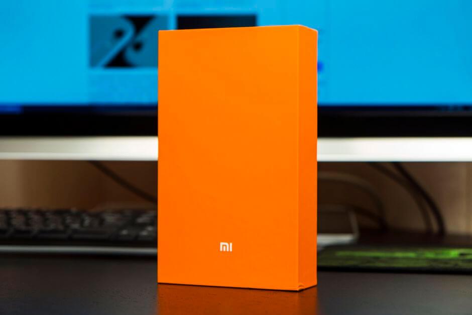 оранжевая коробка Xiaomi Mi4c