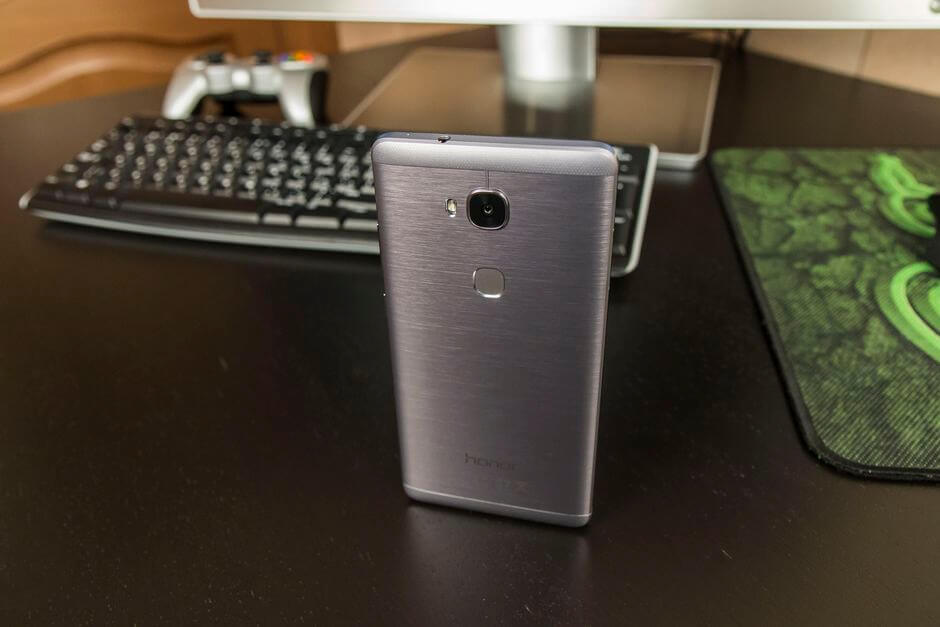 внешний вид Huawei Honor 5X