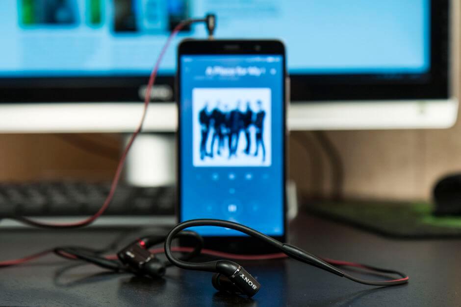 звук в наушниках Xiaomi Redmi Note 3 Pro