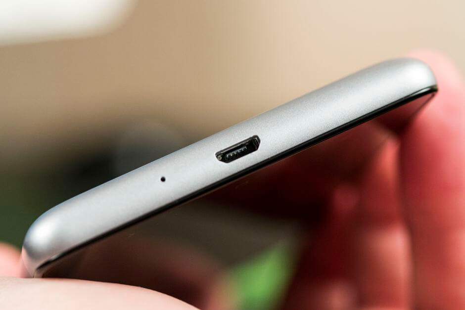 разъем micro USB в Xiaomi Redmi 3