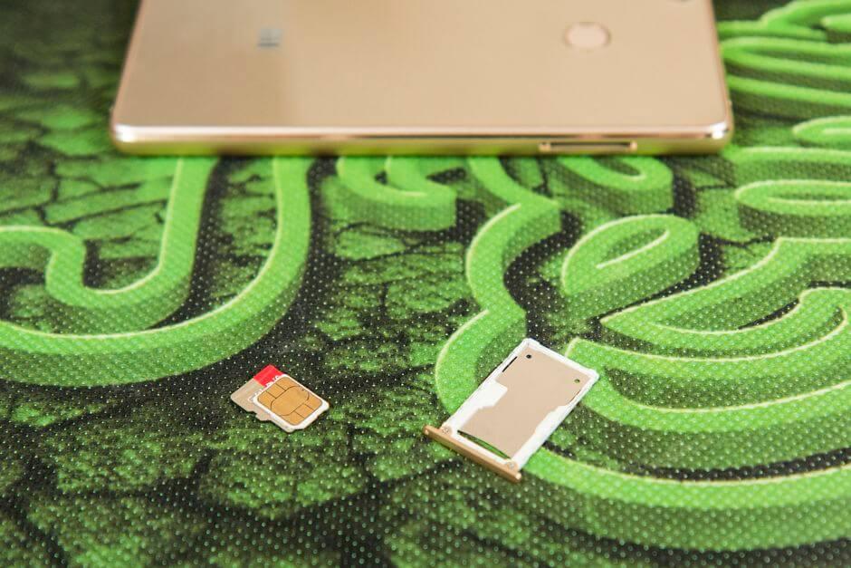 два слота для SIM в Xiaomi Mi4s