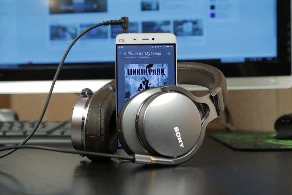 качество звука в наушниках Xiaomi Mi5