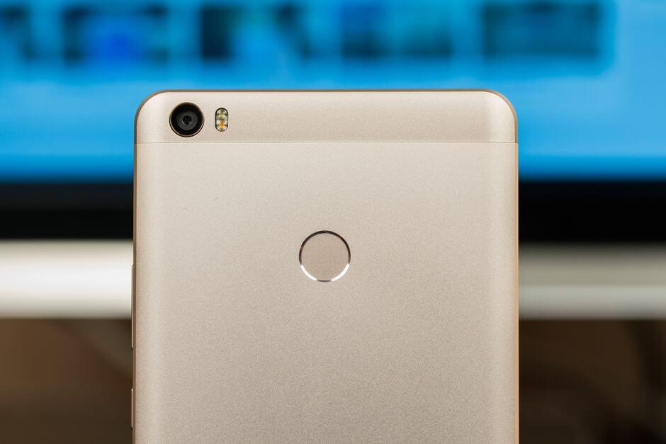 сканер отпечатков в Xiaomi Mi Max