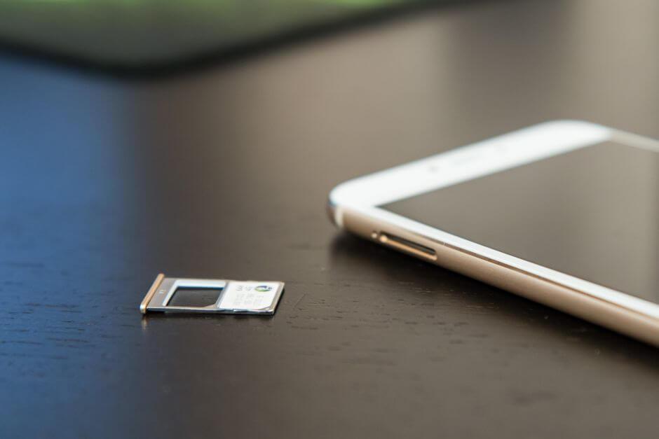 два слота для SIM-карт в Meizu MX6