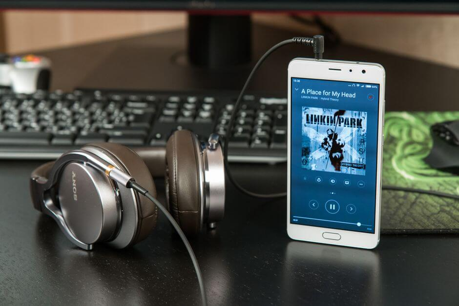 звук в наушниках Xiaomi Redmi Pro
