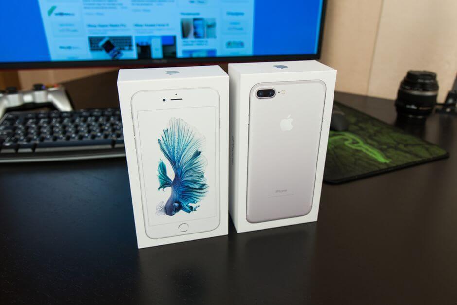 упаковка Apple iPhone 7 Plus
