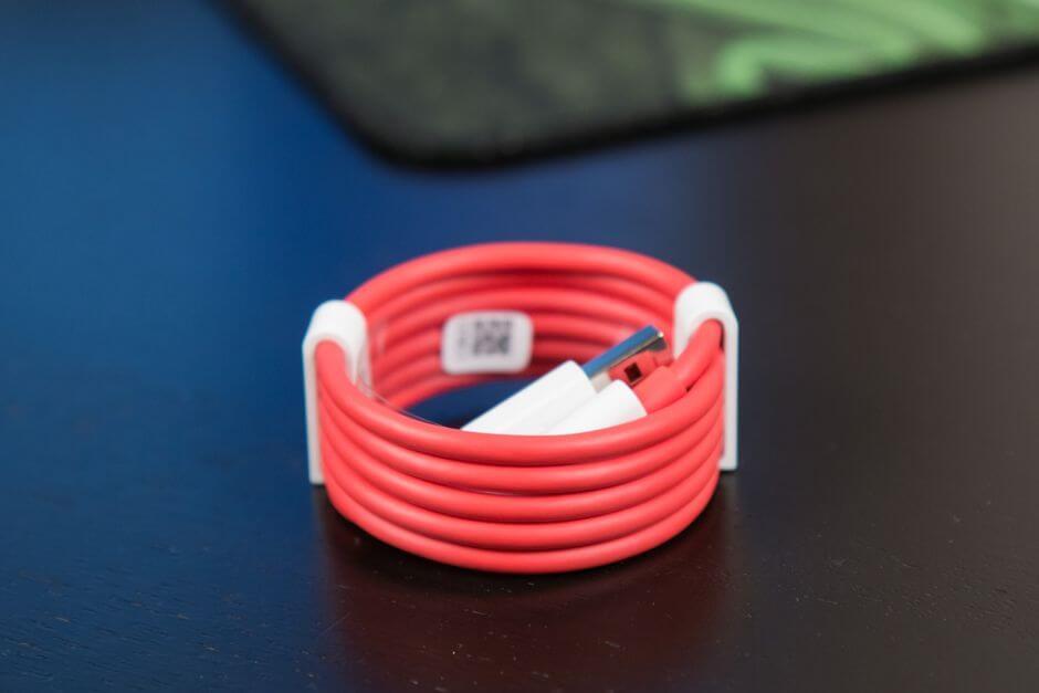 комплектация OnePlus 3T