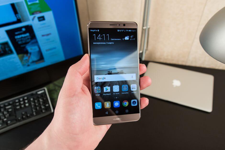 экран Huawei Mate 9
