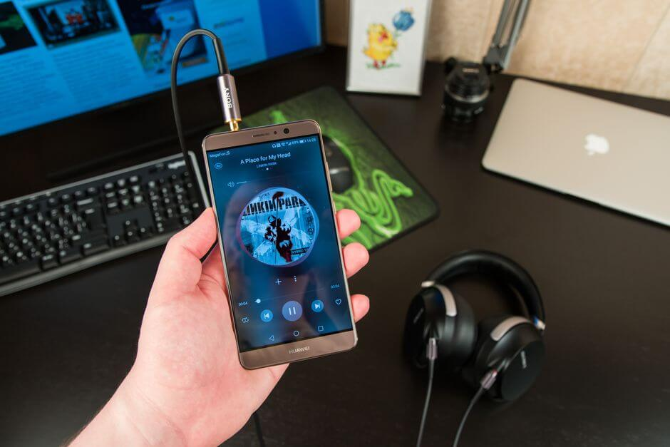 качество звука в наушниках Huawei Mate 9