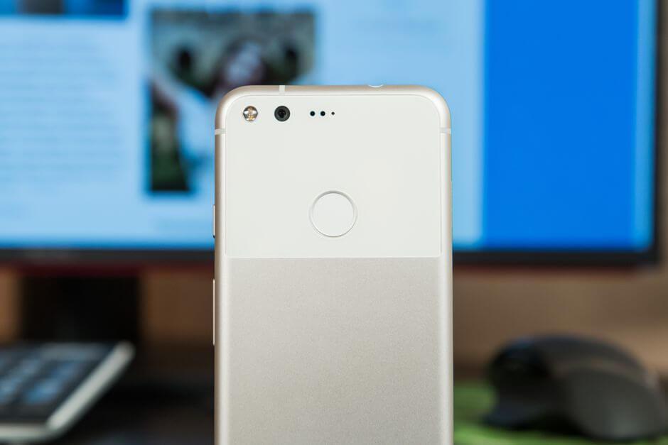 стеклянная вставка на задней поверхности Google Pixel