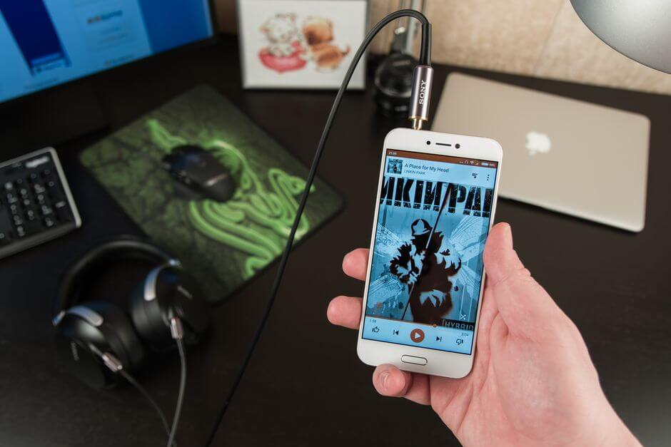 качество звука в наушниках Xiaomi Mi 5c