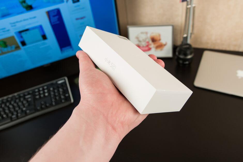 упаковка Xiaomi Mi 5c