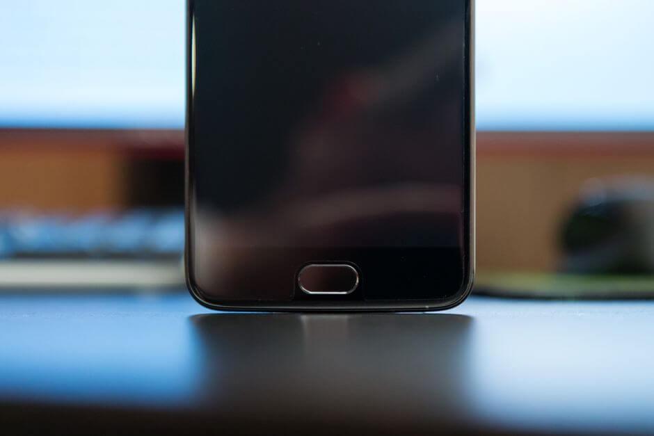 сканер отпечатков пальцев в OnePlus 5