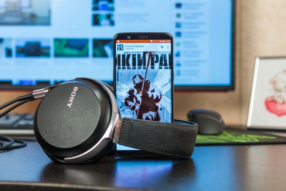 отличное качество звука в наушниках в OnePlus 5T
