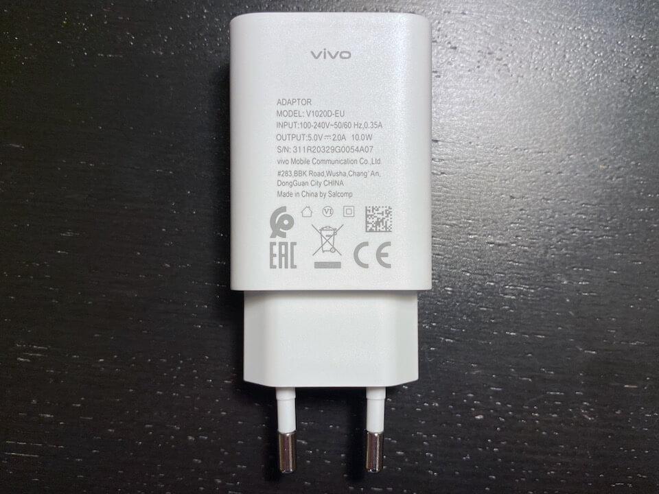 зарядное устройство в vivo Y1s